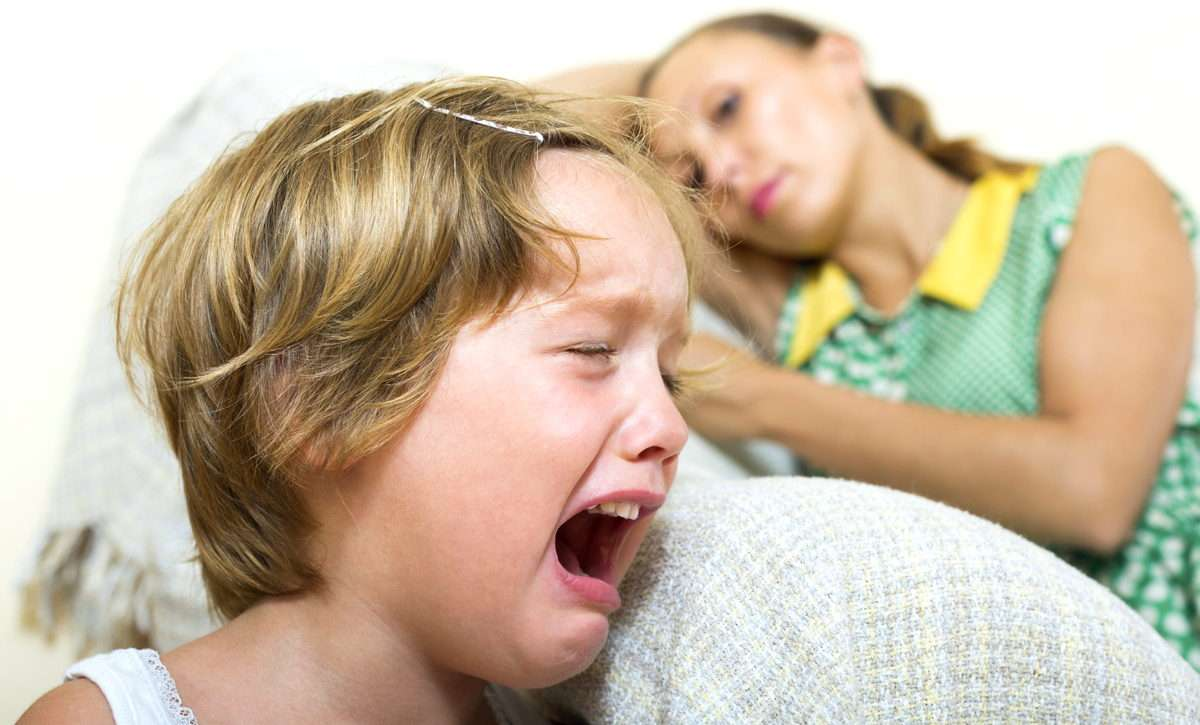 Истерика - ребенок манипулирует родителями