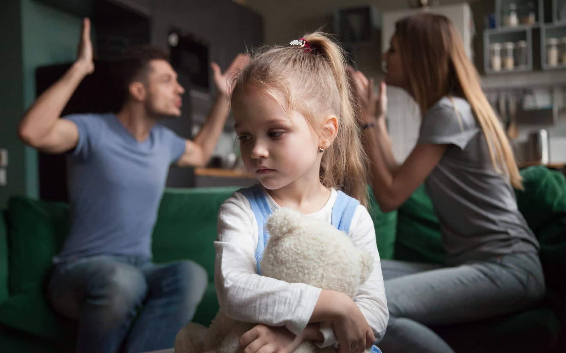 Как детские психологические травмы влияют на нашу жизнь