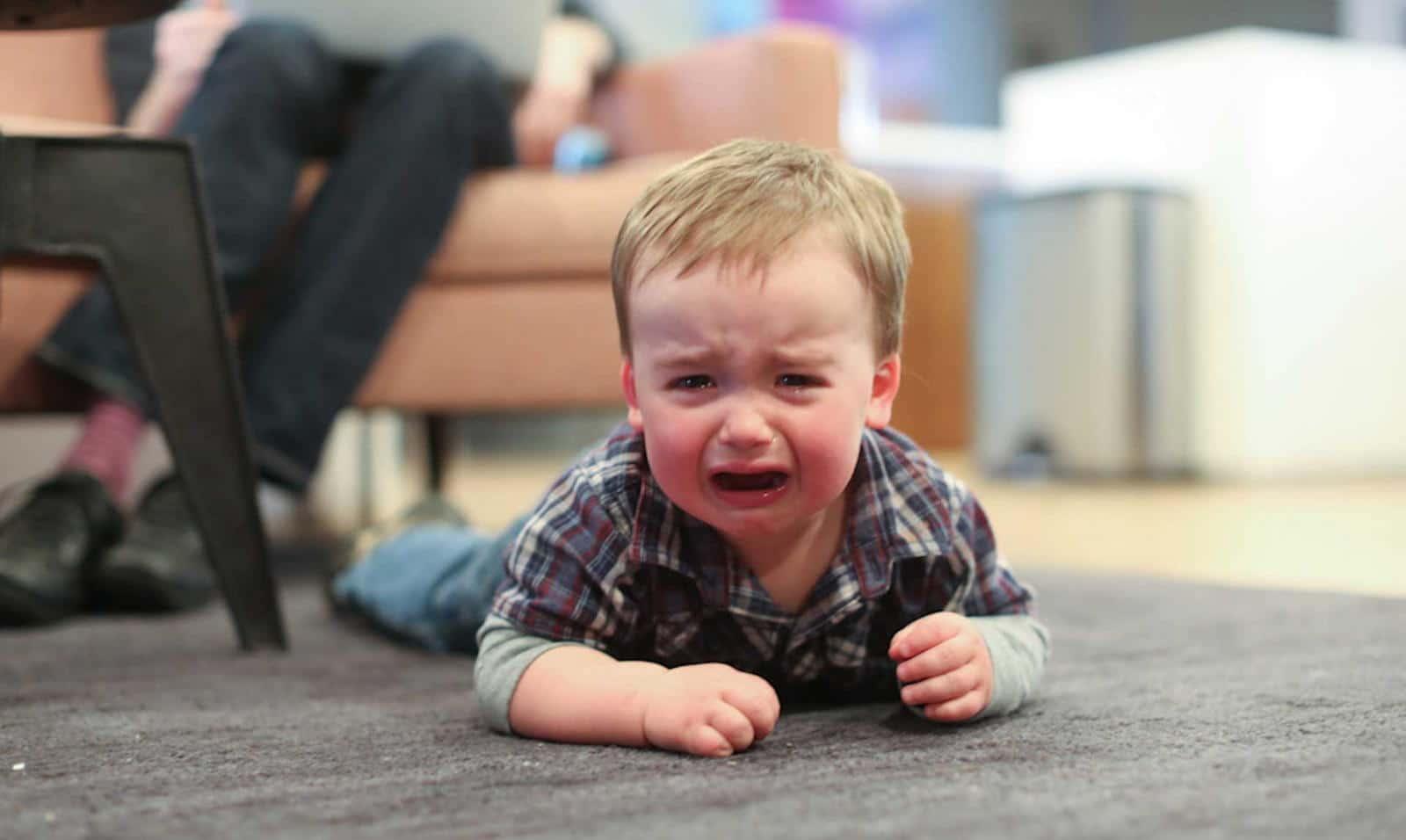 Истерика у ребёнка 2-3 лет